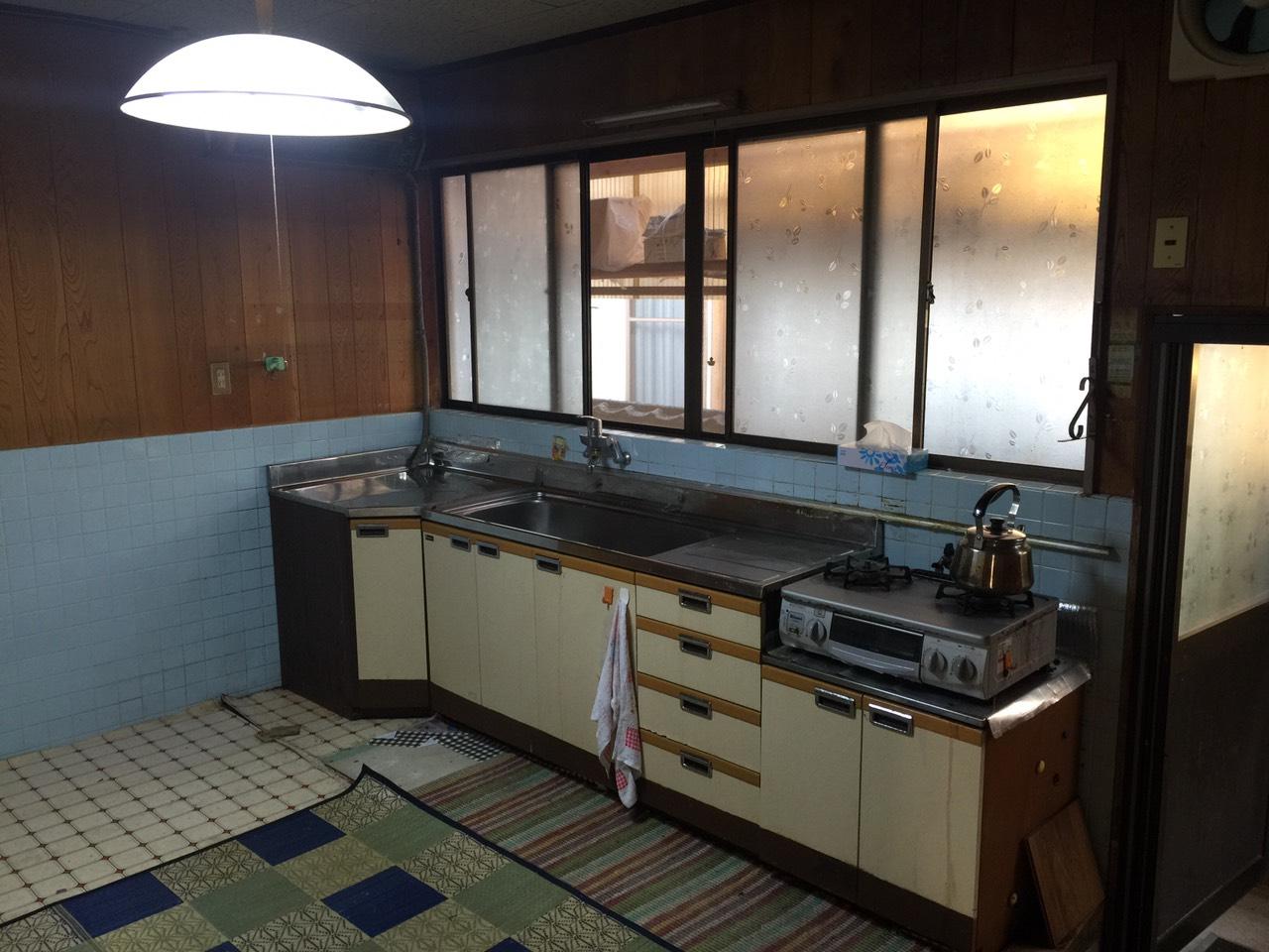 早島町キッチン工事 施工前の写真①