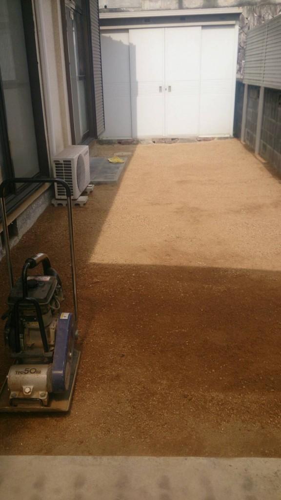早島町庭の土入れ替え工事 完成写真